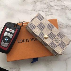 Accessories - Louis Vuitton Damier Azur 4 key Holder